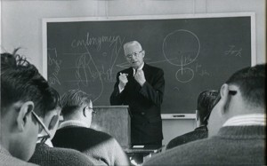 Van Til teaching seminary students .